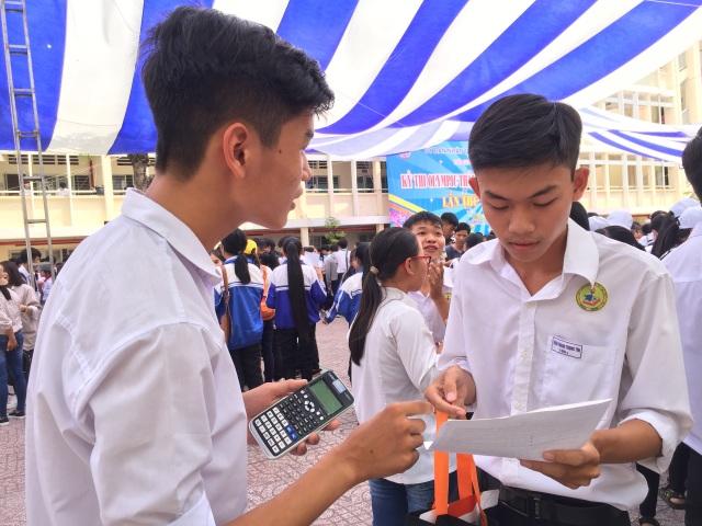 Gần 7.000 học sinh khu vực phía Nam tranh tài kỳ thi Olympic tháng 4 - 3