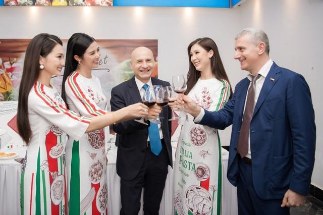 Hoa hậu Ngọc Hân được Italy phong danh hiệu Đại sứ ẩm thực - 6