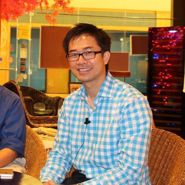 Người Việt ở Mỹ: Bác sĩ Việt làm nail, bồi bàn, học tối ngày mới trụ được - 2