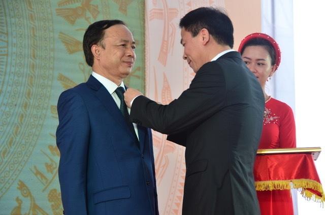 Công ty điện Thanh Hoá đón Huân chương Lao động hạng Nhất - 2