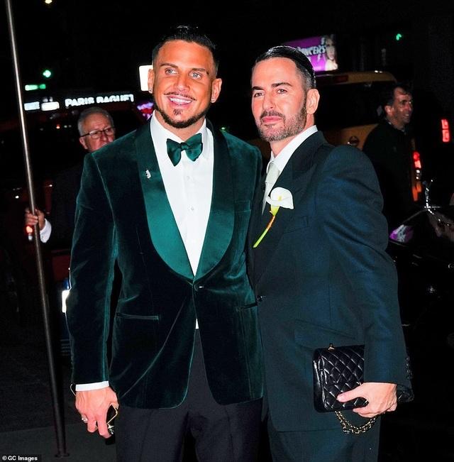 Nhà thiết kế Marc Jacobs kết hôn với bạn trai đồng tính - 1