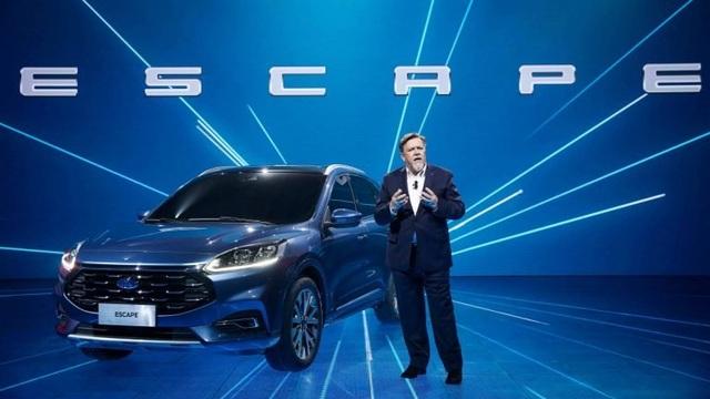 Có một Ford Escape khác - 1