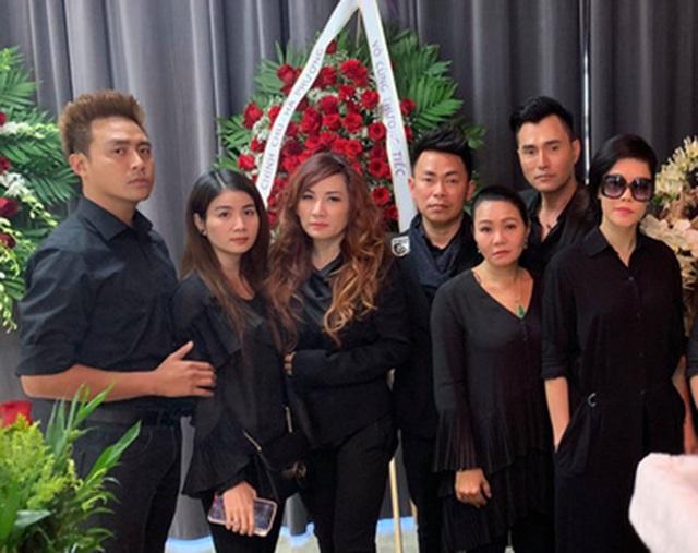 Nghệ sĩ Bảo Quốc, Hương Lan, Thu Phương… đến viếng Anh Vũ ở Mỹ - 8