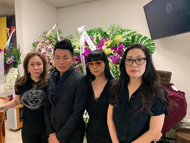 Nghệ sĩ Bảo Quốc, Hương Lan, Thu Phương… đến viếng Anh Vũ ở Mỹ - 14