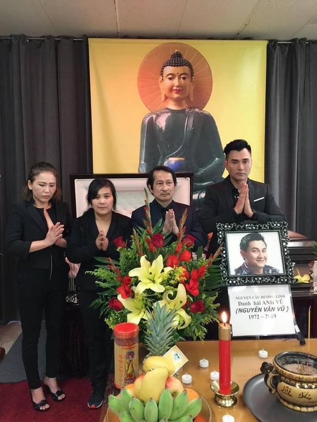 Nghệ sĩ Bảo Quốc, Hương Lan, Thu Phương… đến viếng Anh Vũ ở Mỹ - 7