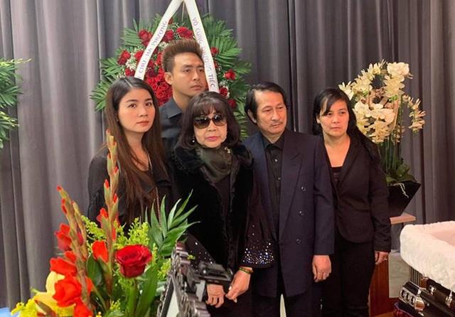 Nghệ sĩ Bảo Quốc, Hương Lan, Thu Phương… đến viếng Anh Vũ ở Mỹ - 13