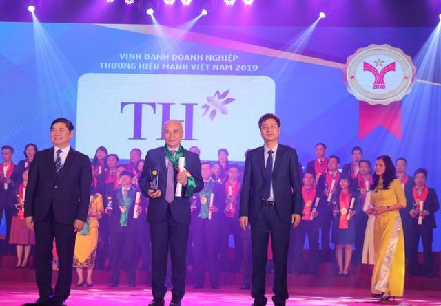 TH True MILK - Top 10 Thương hiệu mạnh Việt Nam 2018 - 1