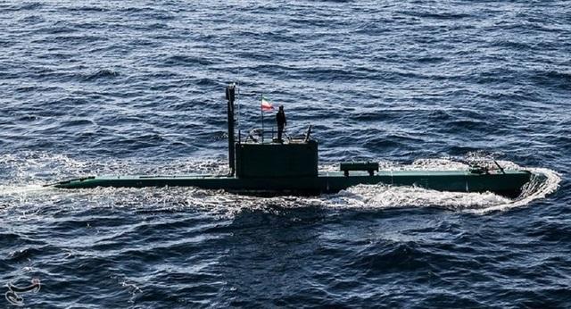 Tàu ngầm Iran phát nổ, ít nhất 3 người thiệt mạng - 1