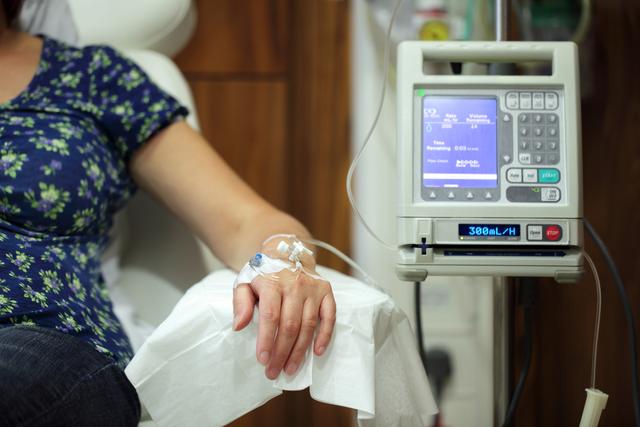 Liệu pháp tâm lý và dinh dưỡng giúp bệnh nhân vượt ải hóa trị ung thư - 1