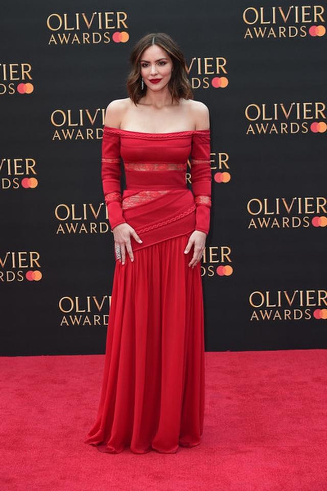 Katharine McPhee lộng lẫy với váy đỏ - 2