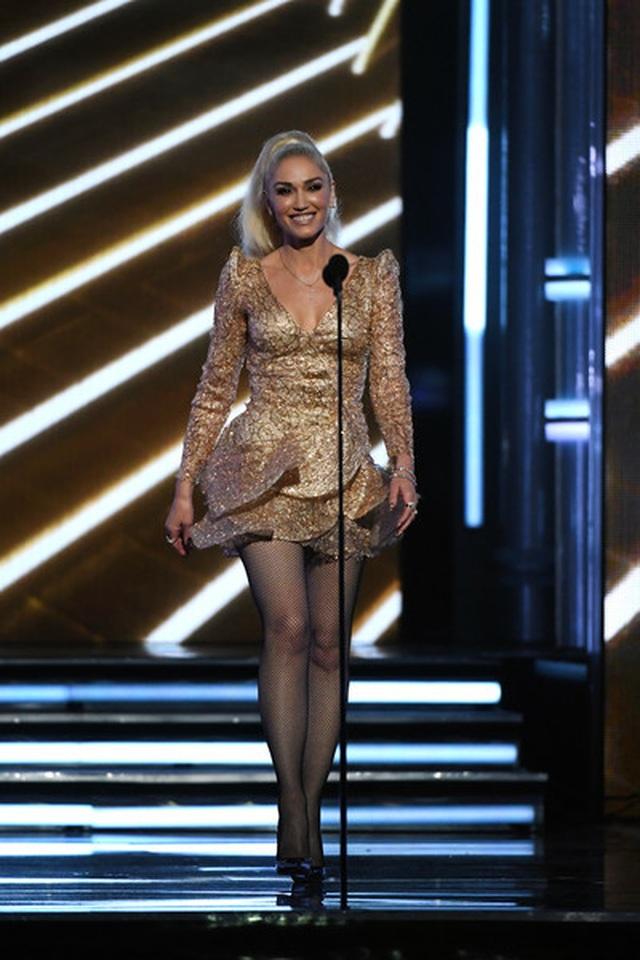 Gwen Stefani vẫn rạng ngời ở tuổi 50 - 7