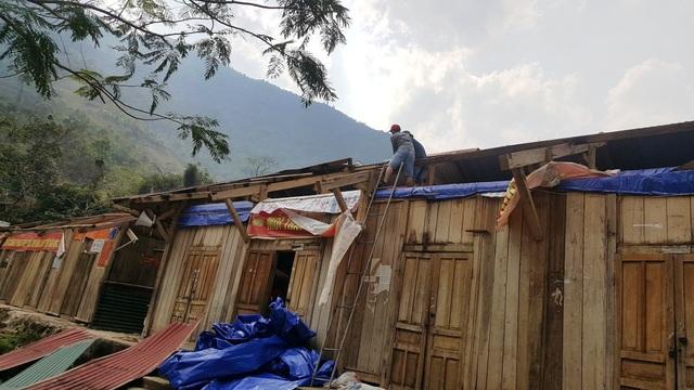 Trường học tan tác sau trận bão lốc trong đêm - 3