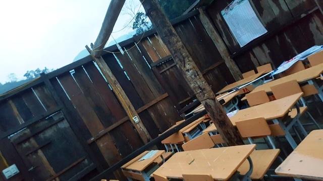 Trường học tan tác sau trận bão lốc trong đêm - 6