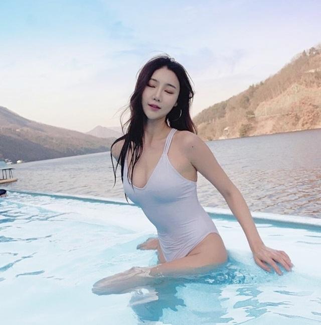 Bí quyết dáng đẹp của 3 hot girl mạng xã hội Hàn Quốc - 18