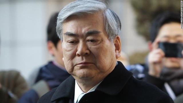 Cho Yang-ho, Chủ tịch và Giám đốc điều hành Korean Air, đã qua đời tại Los Angeles vào hôm qua.