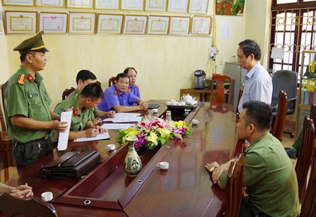 Khởi tố 2 Phó giám đốc Sở GDĐT trong vụ gian lận điểm thi ở Hà Giang - 1