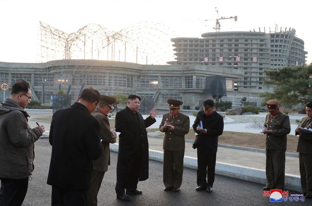 Lý do ông Kim Jong-un thị sát hàng loạt công trình trọng điểm tại Triều Tiên - 1