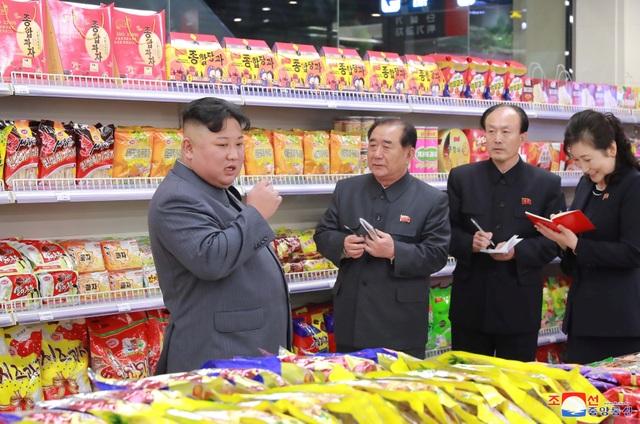 Lý do ông Kim Jong-un thị sát hàng loạt công trình trọng điểm tại Triều Tiên - 13