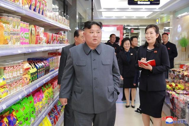 Lý do ông Kim Jong-un thị sát hàng loạt công trình trọng điểm tại Triều Tiên - 15