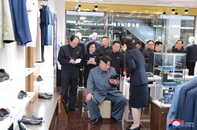 Lý do ông Kim Jong-un thị sát hàng loạt công trình trọng điểm tại Triều Tiên - 14
