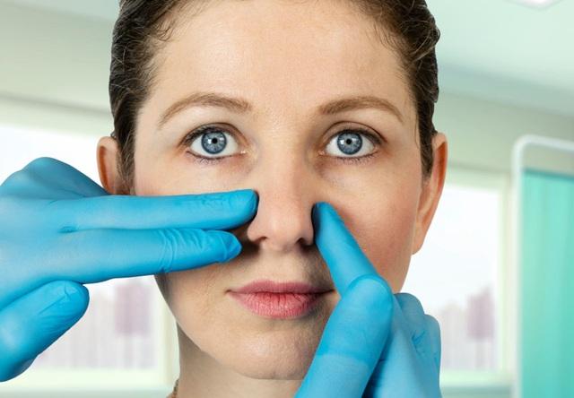 Phẫu thuật chỉnh hình mũi chỉ mất… 5 phút - 1