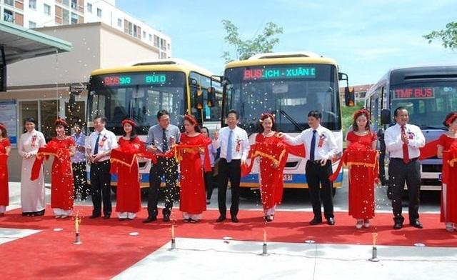 Đà Nẵng: Tạm dừng tuyến xe buýt miễn phí, nhiều lái xe thất nghiệp dịp cận Tết - 2