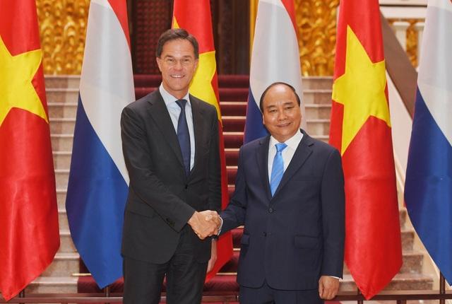 Thủ tướng Nguyễn Xuân Phúc chủ trì lễ đón chính thức Thủ tướng Hà Lan - 7