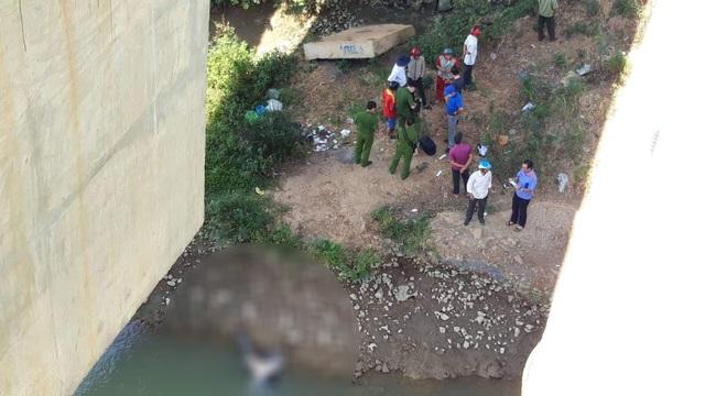 Nam thanh niên chết dưới sông Sêrêpốk sau khi cãi nhau với mẹ - 1