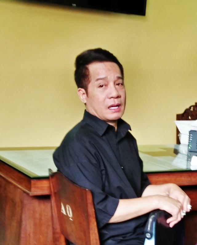 Linh cuu co nghe si Anh Vu da ve den chua An Quang