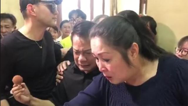 Minh Nhí, Hồng Vân khóc nức nở khi khi trang điểm cho Anh Vũ lần cuối - 6