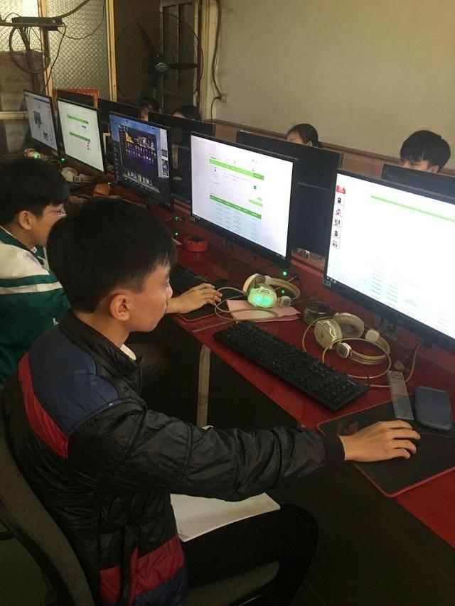 Cậu thiếu niên vùng cao say mê thi giải toán trên Internet - 2