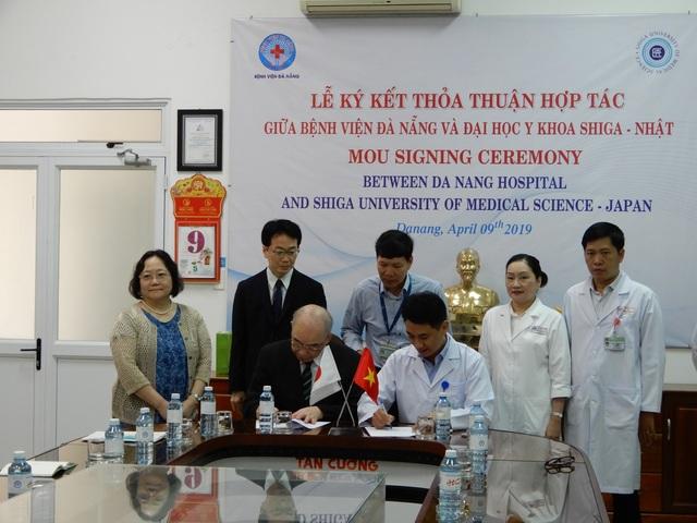 Bệnh viện Đà Nẵng và Đại học y của Nhật hợp tác về cấy ghép tế bào gốc - 1