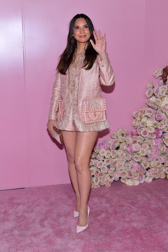 Olivia Munn trẻ đẹp như công chúa - 7