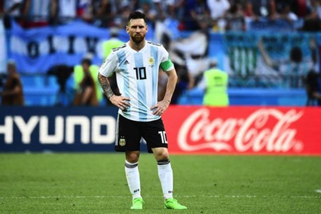 Fan hâm mộ Messi chia tay bạn gái vì… C.Ronaldo - 3