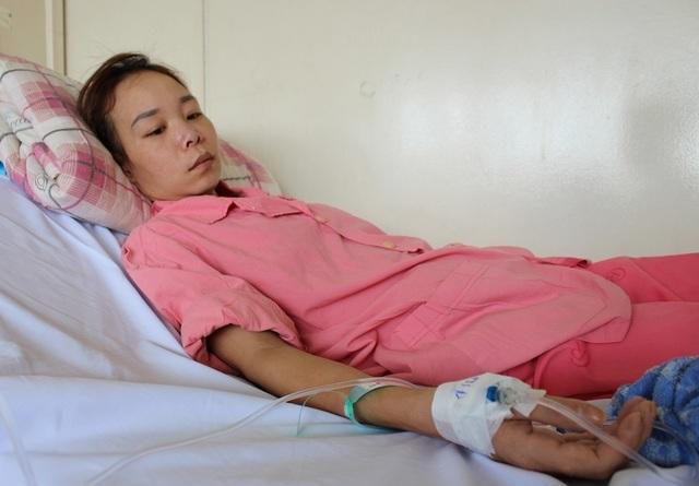 Người mẹ trẻ nguy kịch nếu không có 300 triệu đồng phẫu thuật cấp cứu - 1