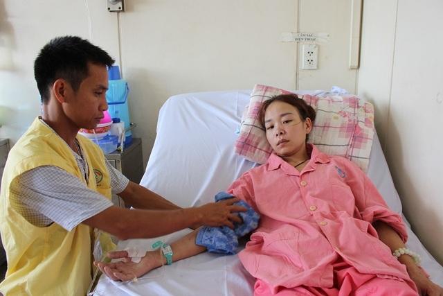 Người mẹ trẻ nguy kịch nếu không có 300 triệu đồng phẫu thuật cấp cứu - 5