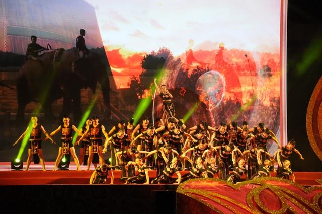 Di dời các mặt hàng phản cảm tại Festival văn hóa ở Hoàng thành Thăng Long - 3