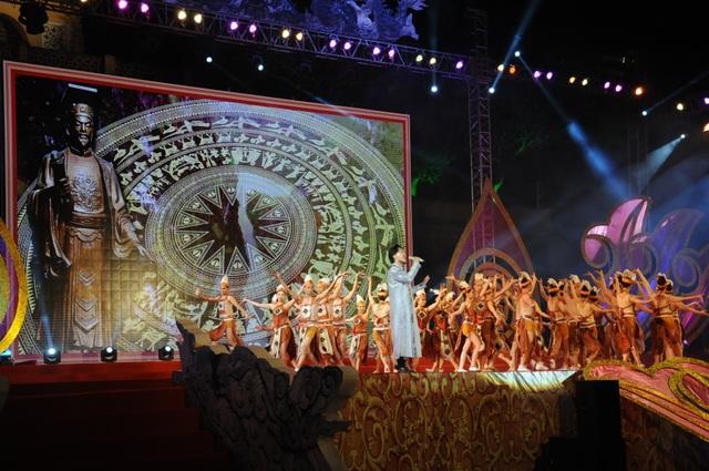 Di dời các mặt hàng phản cảm tại Festival văn hóa ở Hoàng thành Thăng Long - 1