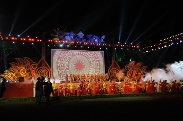 Di dời các mặt hàng phản cảm tại Festival văn hóa ở Hoàng thành Thăng Long - 2