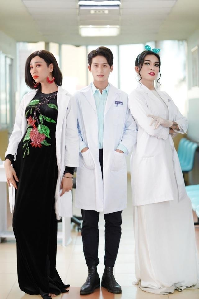 Y tá BB Trần và Hải Triều khuấy động phòng khám trong phim hài mới - 1
