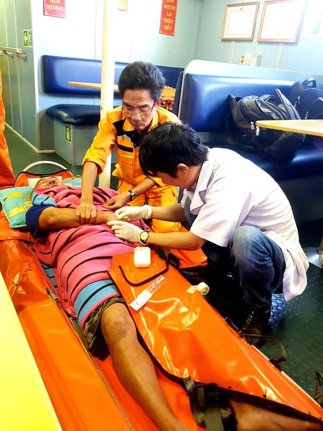 Ngư dân Quảng Nam bị tai biển ở Hoàng Sa