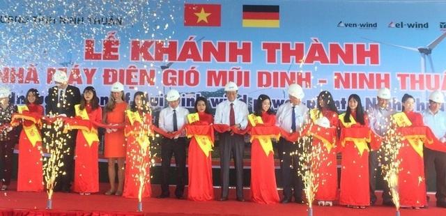 Ninh Thuận khánh thành nhà máy điện gió thứ 2 trị giá gần 1.500 tỷ đồng - 1