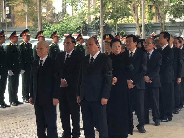Lãnh đạo Đảng, Nhà nước dâng hương viếng Trung tướng Đồng Sỹ Nguyên - 16