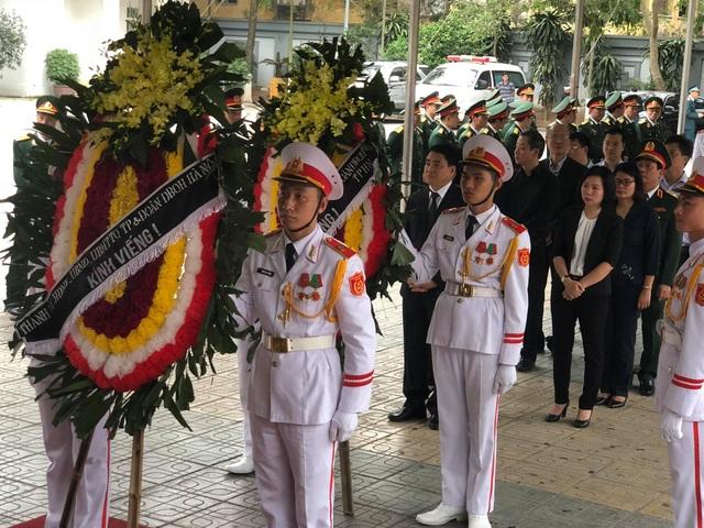 Lãnh đạo Đảng, Nhà nước dâng hương viếng Trung tướng Đồng Sỹ Nguyên - 11
