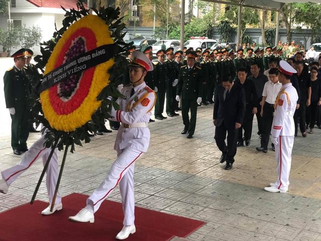 Lãnh đạo Đảng, Nhà nước dâng hương viếng Trung tướng Đồng Sỹ Nguyên - 5