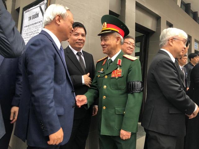 Lãnh đạo Đảng, Nhà nước dâng hương viếng Trung tướng Đồng Sỹ Nguyên - 17