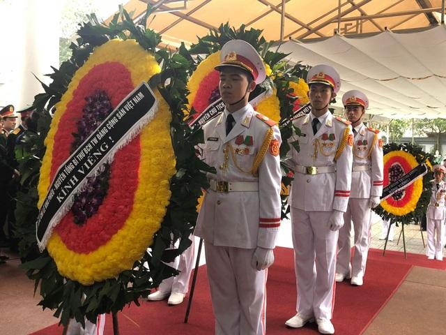 Lãnh đạo Đảng, Nhà nước dâng hương viếng Trung tướng Đồng Sỹ Nguyên - 15