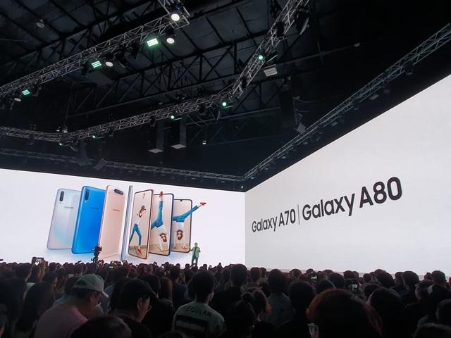 Samsung bất ngờ ra mắt Galaxy A80 có camera trượt xoay 180 độ - 1