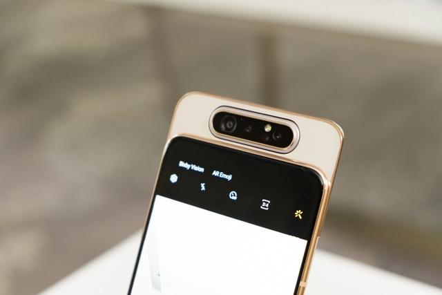 Samsung bất ngờ ra mắt Galaxy A80 có camera trượt xoay 180 độ - 3