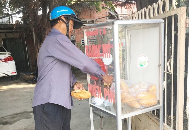 Long An: Nghĩa tình tủ bánh mì ai cần thì lấy - 1